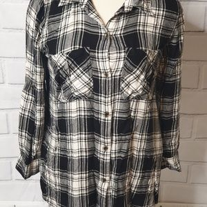 Jessica Simpson size S shirt for women (J)